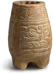 Vaso tripode de alabastro