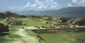 Vista general de Monte Albán, Oaxaca, México